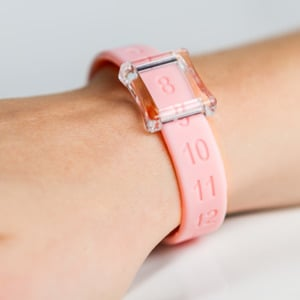 Kicks Count Wristband - Pink